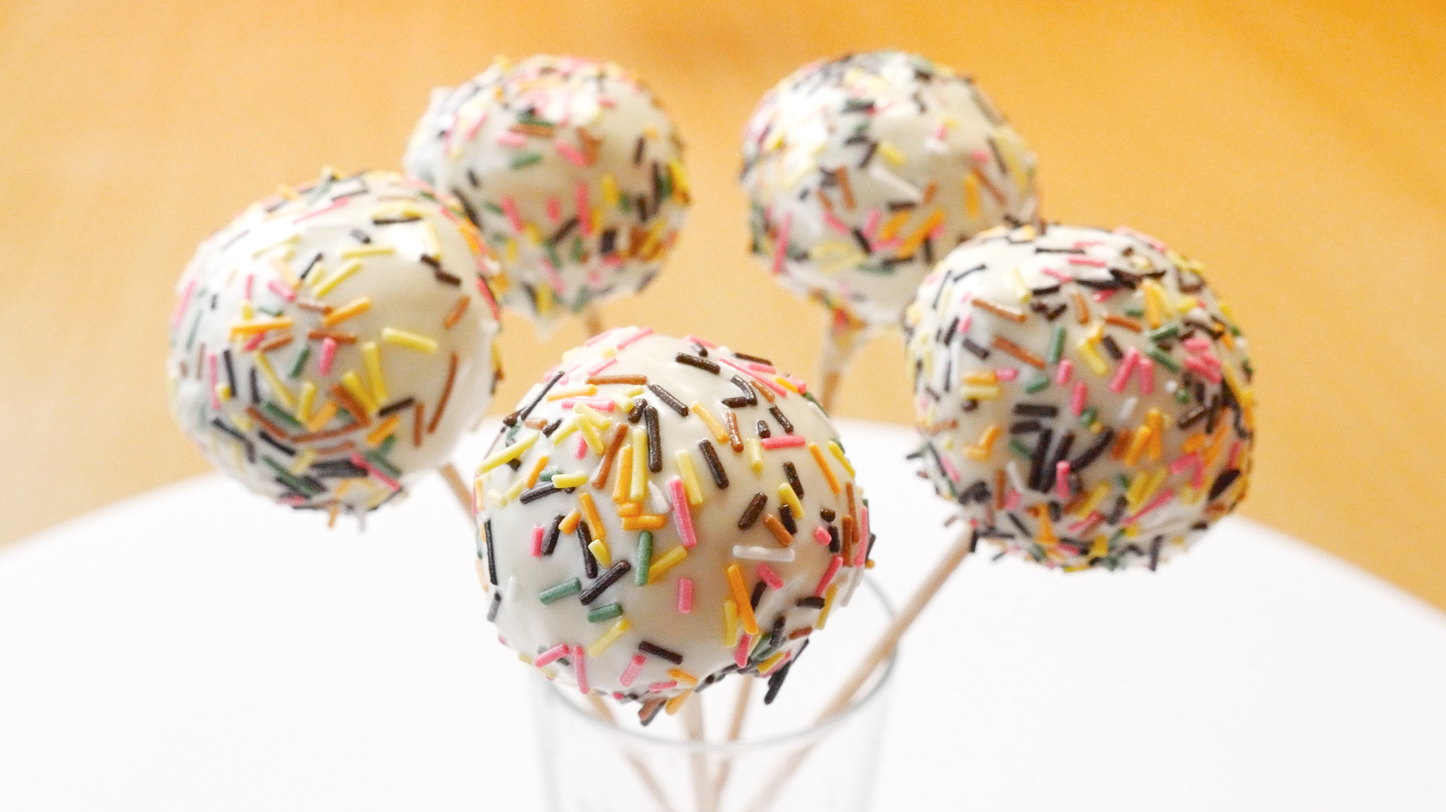 cookinmovie-cake-pop-arc-en-ciel-2